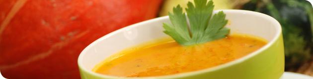 Heiße leckere Suppen