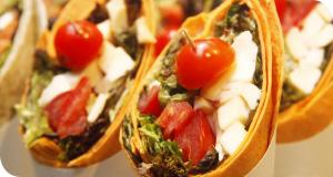 Tomate-Mozzarella Wrap für ein italienischs Flair